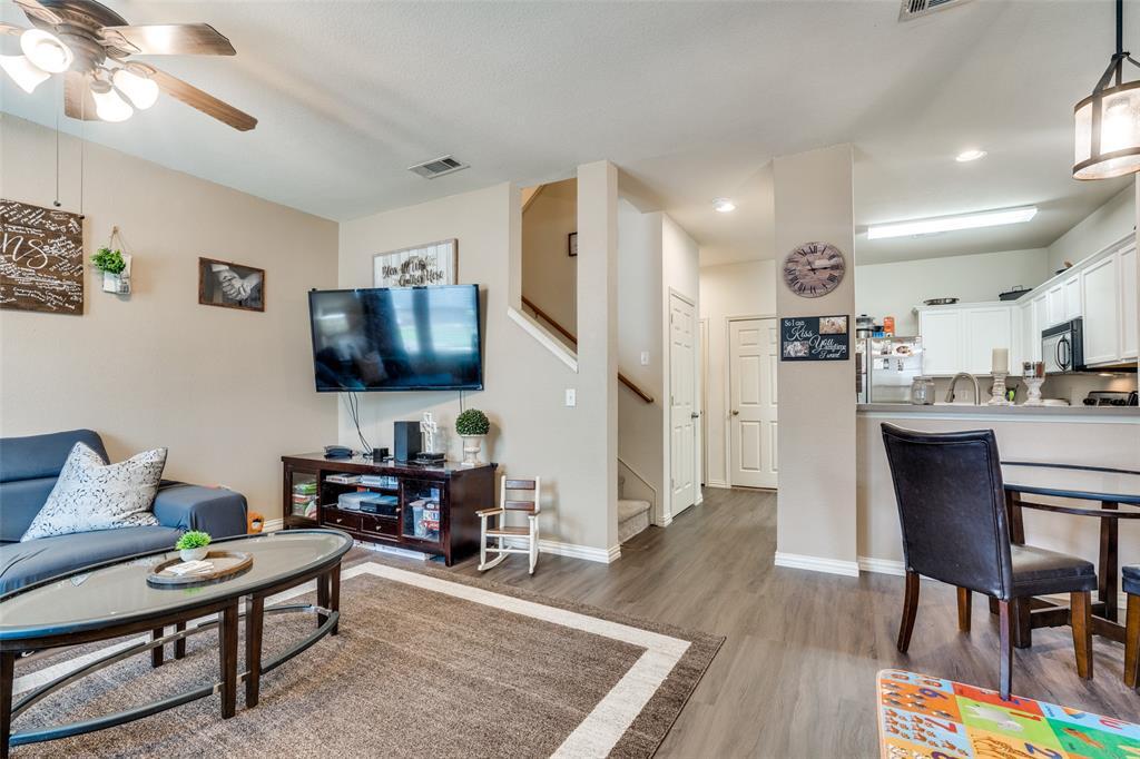2309 Stoneleigh  Place, McKinney, Texas 75071 - Acquisto Real Estate best frisco realtor Amy Gasperini 1031 exchange expert