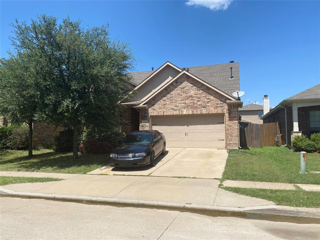 640 Hidden Dale  Drive, Fort Worth, Texas 76140 - Acquisto Real Estate best frisco realtor Amy Gasperini 1031 exchange expert