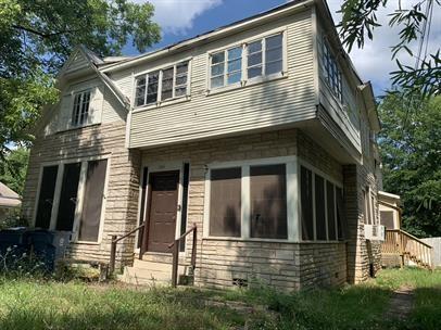 1106 Esplanade  Street, Marshall, Texas 75670 - Acquisto Real Estate best frisco realtor Amy Gasperini 1031 exchange expert
