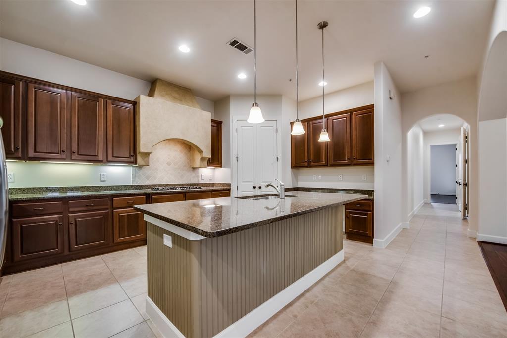555 Via Amalfi  202, Irving, Texas 75039 - Acquisto Real Estate best frisco realtor Amy Gasperini 1031 exchange expert