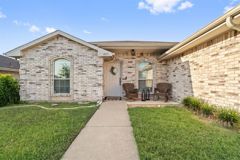 4029 Old Glory  Drive, Dallas, Texas 75237 - Acquisto Real Estate best frisco realtor Amy Gasperini 1031 exchange expert