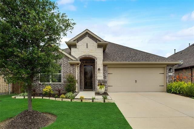 1113 Bryce Canyon  Drive, Celina, Texas 75009 - Acquisto Real Estate best frisco realtor Amy Gasperini 1031 exchange expert