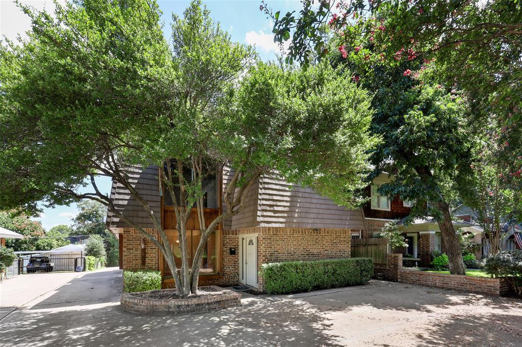 1821 Hillcrest  Street, Fort Worth, Texas 76107 - Acquisto Real Estate best frisco realtor Amy Gasperini 1031 exchange expert