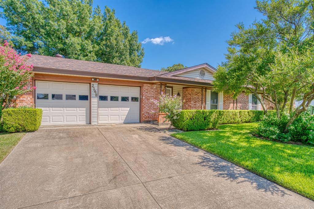 2148 Mountainview  Drive, Hurst, Texas 76054 - Acquisto Real Estate best frisco realtor Amy Gasperini 1031 exchange expert