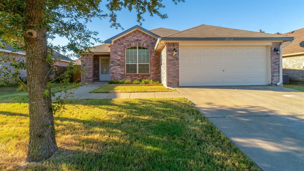 2932 Oakshire  Street, Denton, Texas 76209 - Acquisto Real Estate best frisco realtor Amy Gasperini 1031 exchange expert