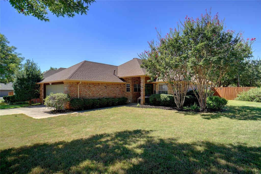 1613 Wellington  Drive, Denton, Texas 76209 - Acquisto Real Estate best frisco realtor Amy Gasperini 1031 exchange expert
