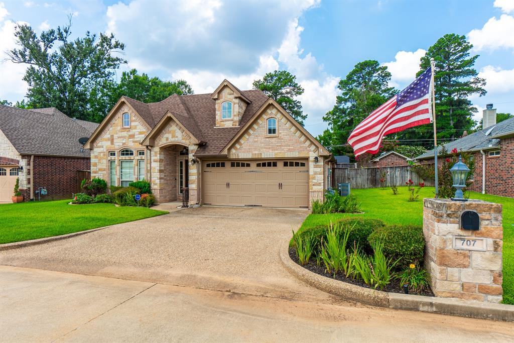 707 Cove Place  Longview, Texas 75604 - Acquisto Real Estate best frisco realtor Amy Gasperini 1031 exchange expert