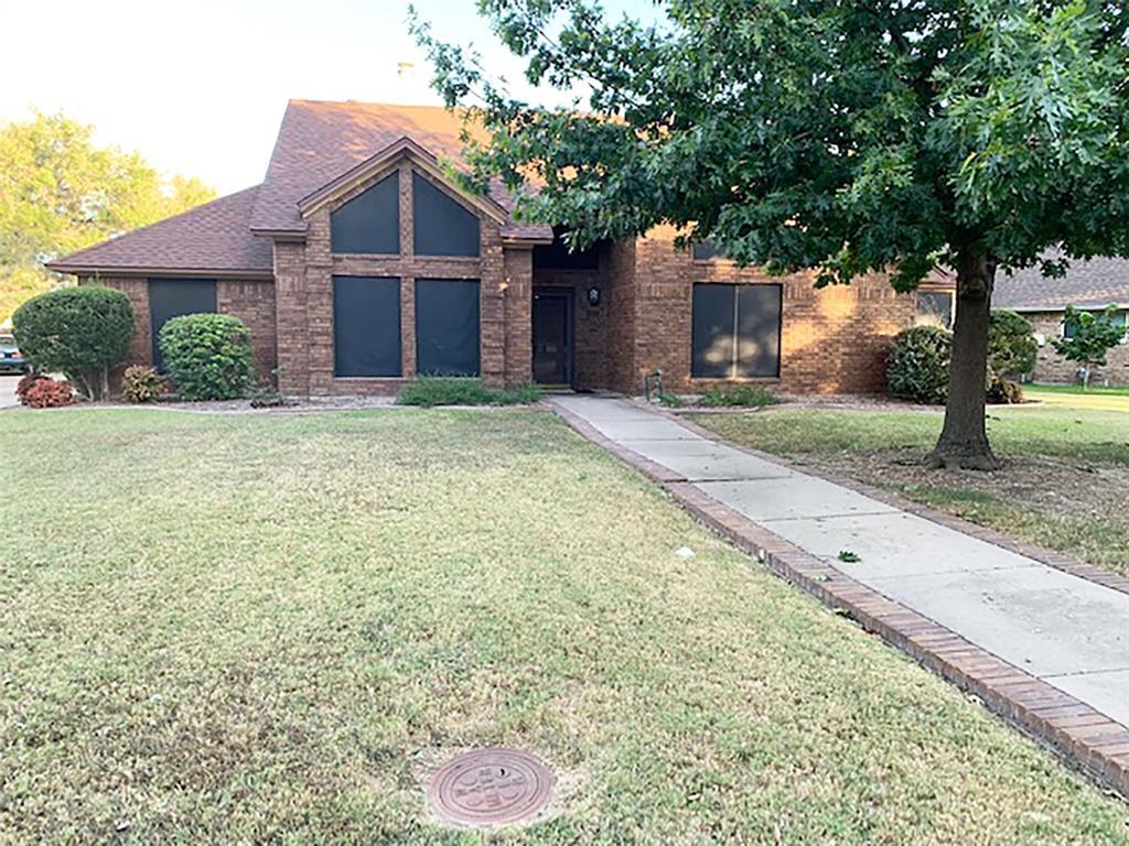 3300 Broken Bow  Street, Denton, Texas 76209 - Acquisto Real Estate best frisco realtor Amy Gasperini 1031 exchange expert