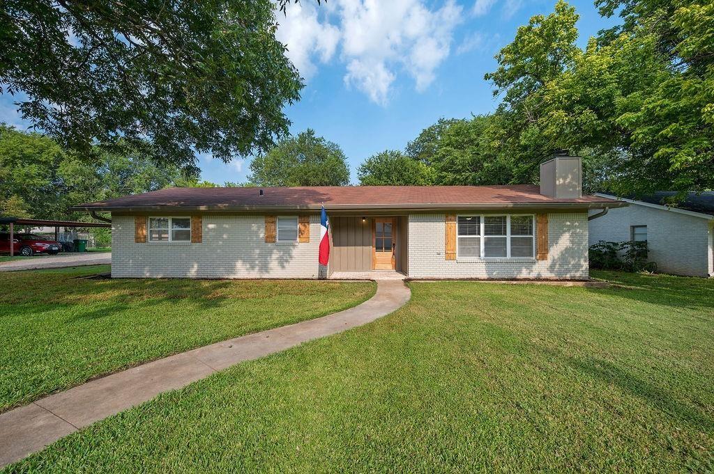 104 11th  Street, Valley Mills, Texas 76689 - Acquisto Real Estate best frisco realtor Amy Gasperini 1031 exchange expert
