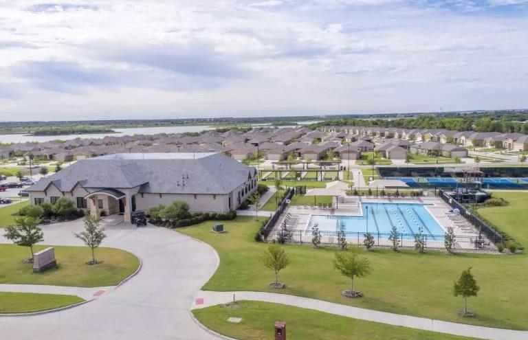 1039 Pasatiempo  Drive, Frisco, Texas 75036 - Acquisto Real Estate best frisco realtor Amy Gasperini 1031 exchange expert