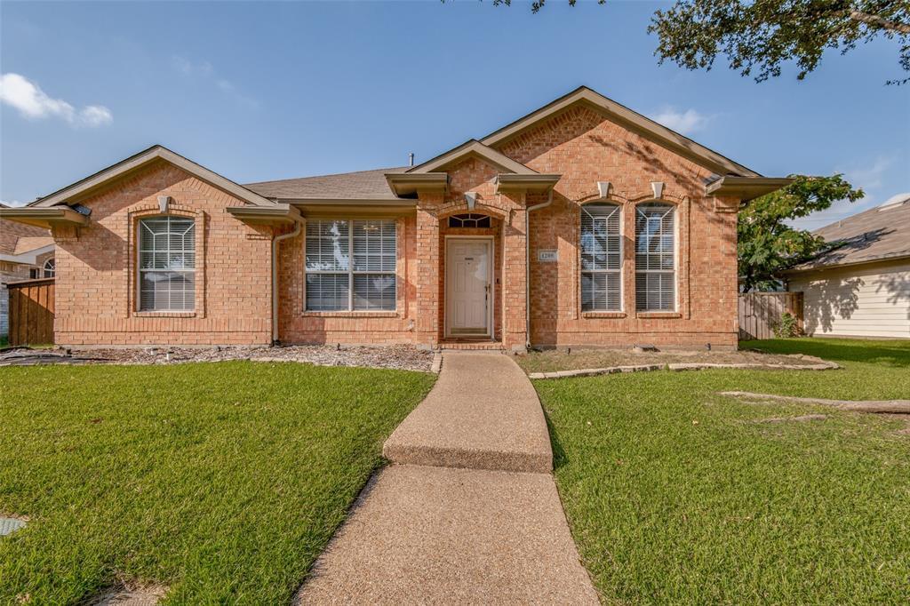 1208 Shady Elm  Lane, Lewisville, Texas 75067 - Acquisto Real Estate best frisco realtor Amy Gasperini 1031 exchange expert