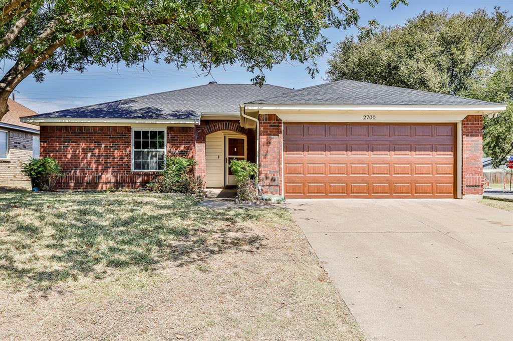 2700 Amberton  Place, Euless, Texas 76040 - Acquisto Real Estate best frisco realtor Amy Gasperini 1031 exchange expert