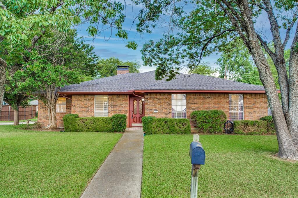 707 Athenia  Way, Duncanville, Texas 75137 - Acquisto Real Estate best frisco realtor Amy Gasperini 1031 exchange expert