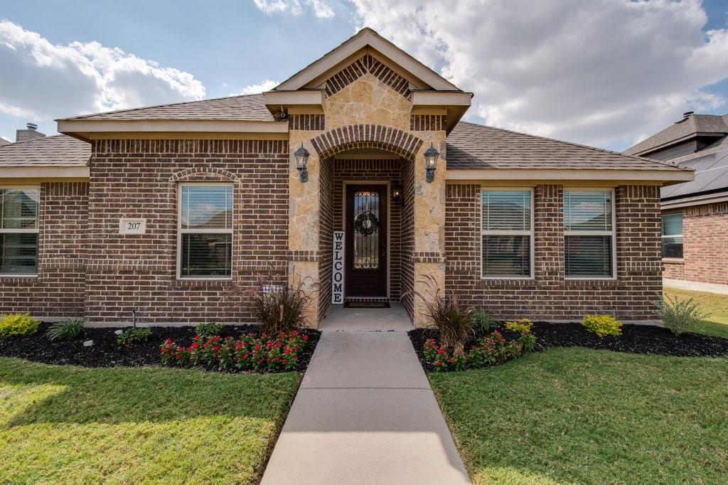 207 Sunrise  Lane, Red Oak, Texas 75154 - Acquisto Real Estate best frisco realtor Amy Gasperini 1031 exchange expert