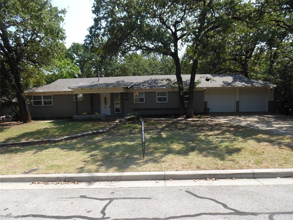 617 Oakwood  Avenue, Hurst, Texas 76053 - Acquisto Real Estate best frisco realtor Amy Gasperini 1031 exchange expert