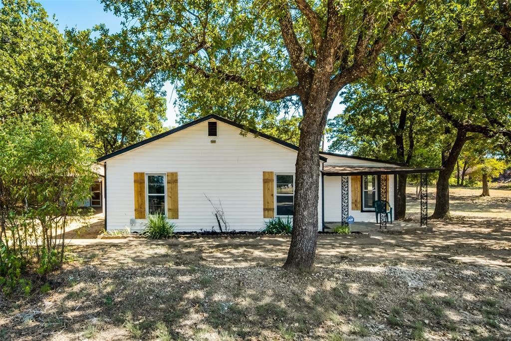 1409 Brazos  Cleburne, Texas 76031 - Acquisto Real Estate best frisco realtor Amy Gasperini 1031 exchange expert