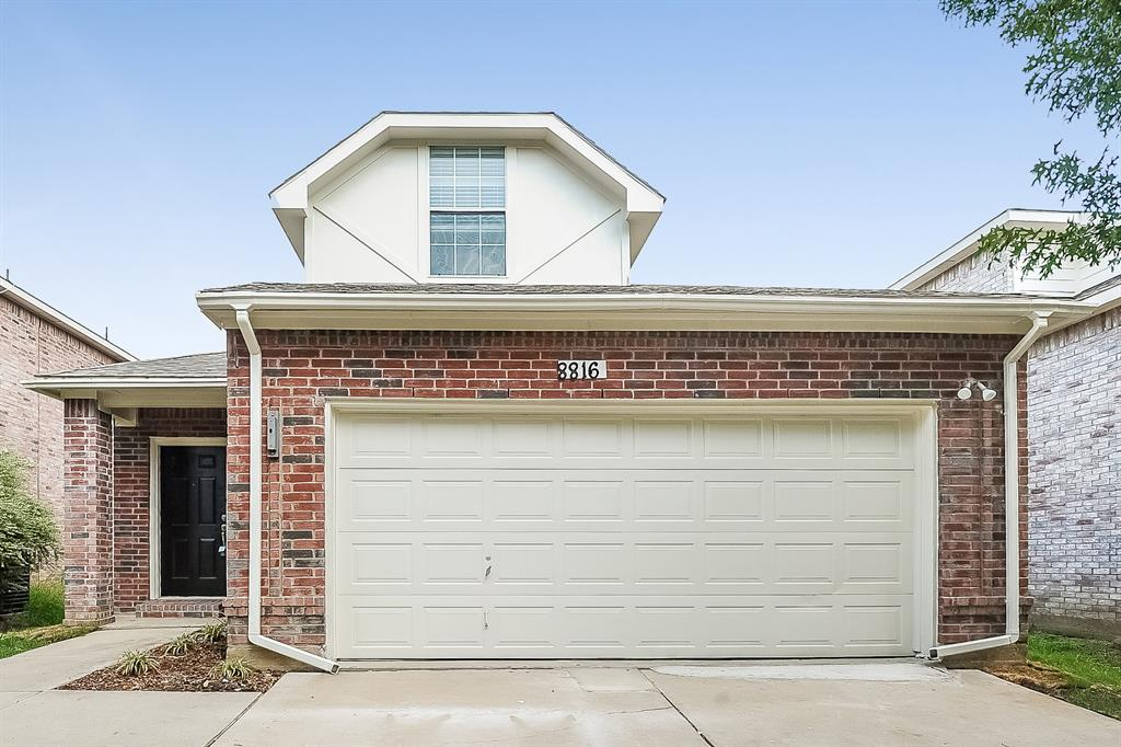 8816 Highland Orchard  Drive, Fort Worth, Texas 76179 - Acquisto Real Estate best frisco realtor Amy Gasperini 1031 exchange expert