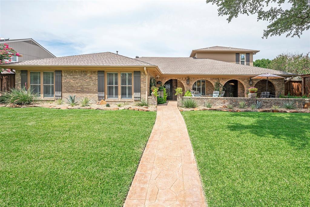 2809 Staffordshire  Drive, Carrollton, Texas 75007 - Acquisto Real Estate best frisco realtor Amy Gasperini 1031 exchange expert