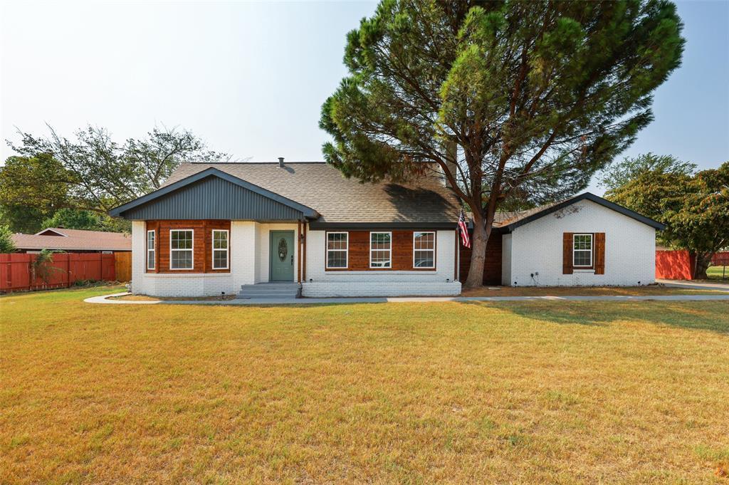 3 Cliffside  Drive, Edgecliff Village, Texas 76134 - Acquisto Real Estate best frisco realtor Amy Gasperini 1031 exchange expert