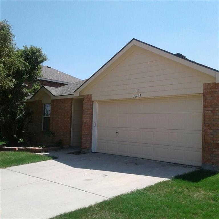 12609 Kingsgate  Drive, Rhome, Texas 76078 - Acquisto Real Estate best frisco realtor Amy Gasperini 1031 exchange expert