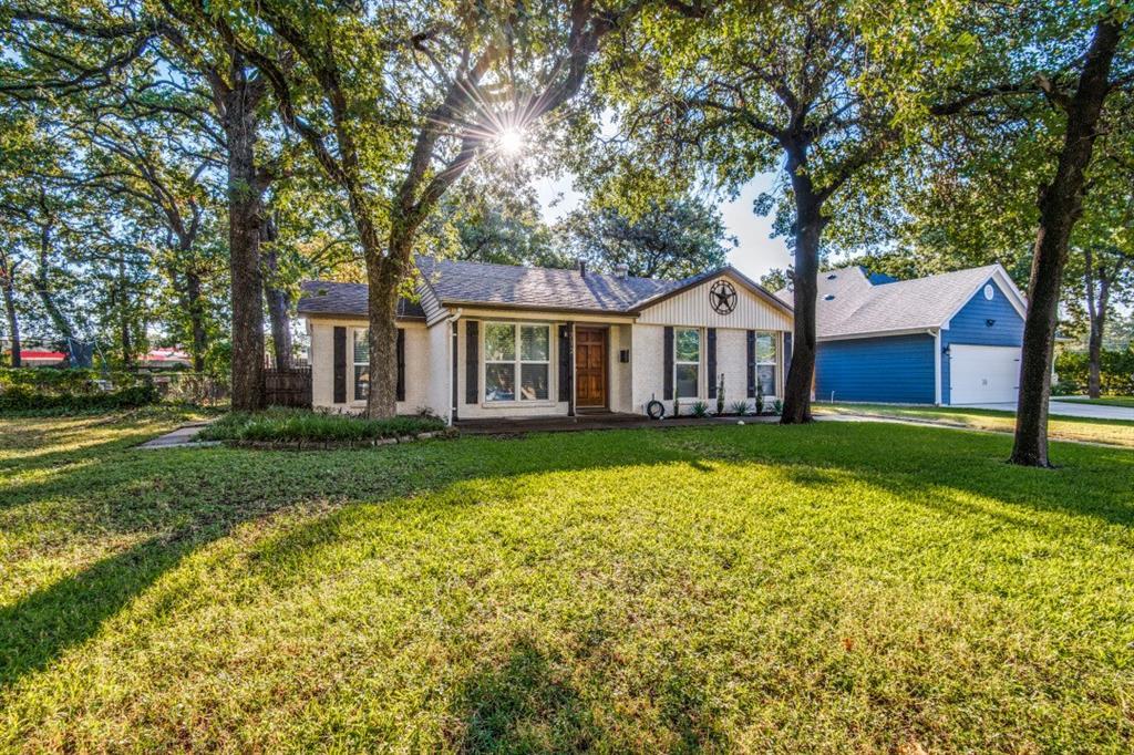 712 Thersa  Drive, River Oaks, Texas 76114 - Acquisto Real Estate best frisco realtor Amy Gasperini 1031 exchange expert