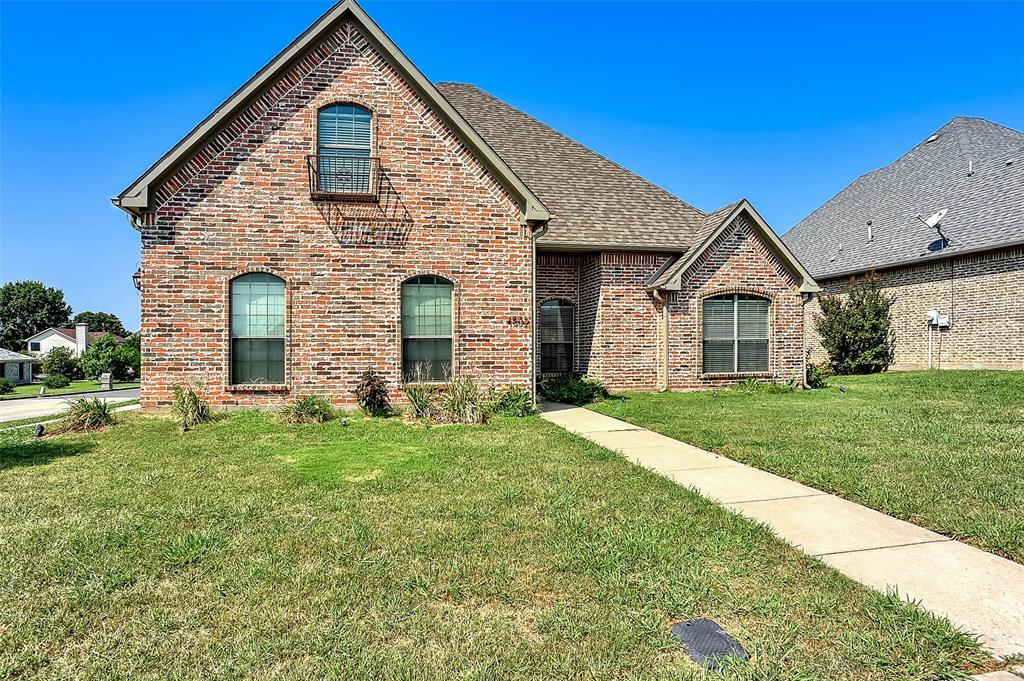 4802 Hilre  Drive, Sherman, Texas 75092 - Acquisto Real Estate best frisco realtor Amy Gasperini 1031 exchange expert