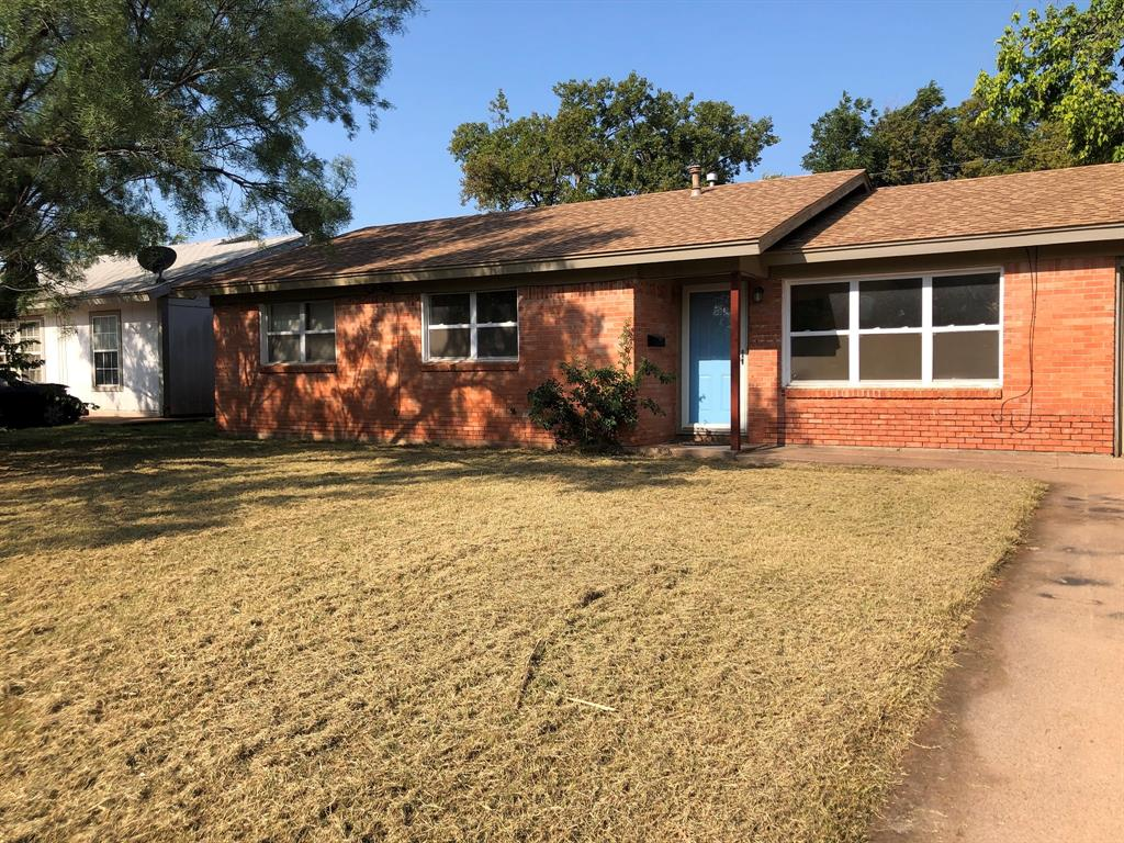 1700 Westview  Drive, Abilene, Texas 79603 - Acquisto Real Estate best frisco realtor Amy Gasperini 1031 exchange expert