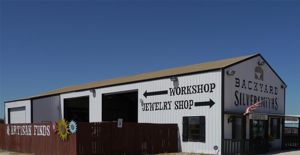 391 I35  Highway, Abbott, Texas 76621 - Acquisto Real Estate best frisco realtor Amy Gasperini 1031 exchange expert