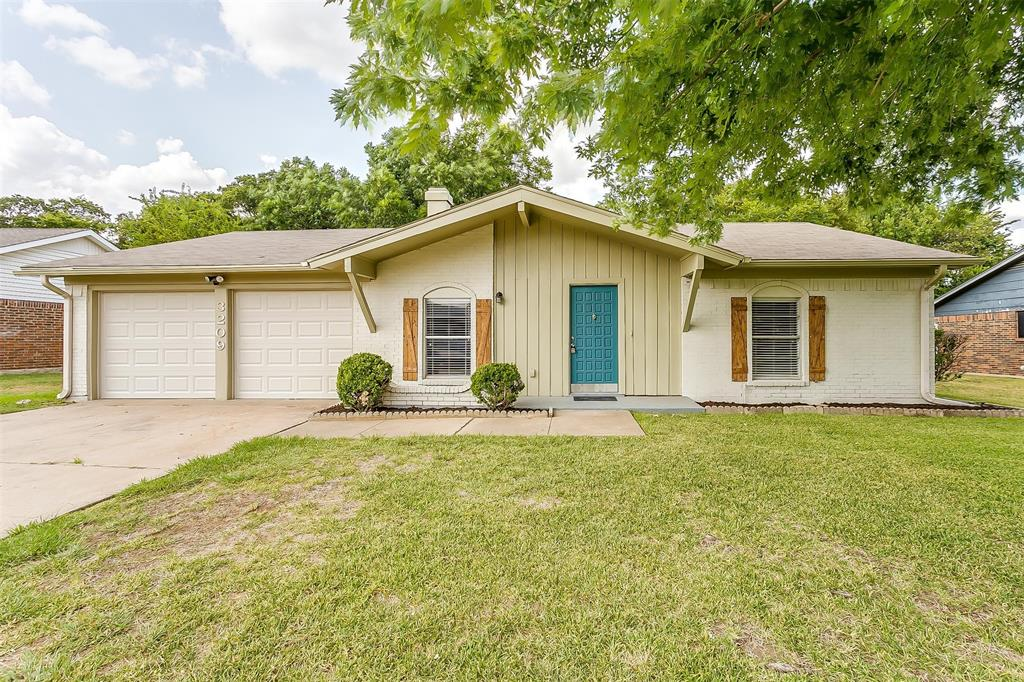 3209 Old Hickory  Trail, Forest Hill, Texas 76140 - Acquisto Real Estate best frisco realtor Amy Gasperini 1031 exchange expert