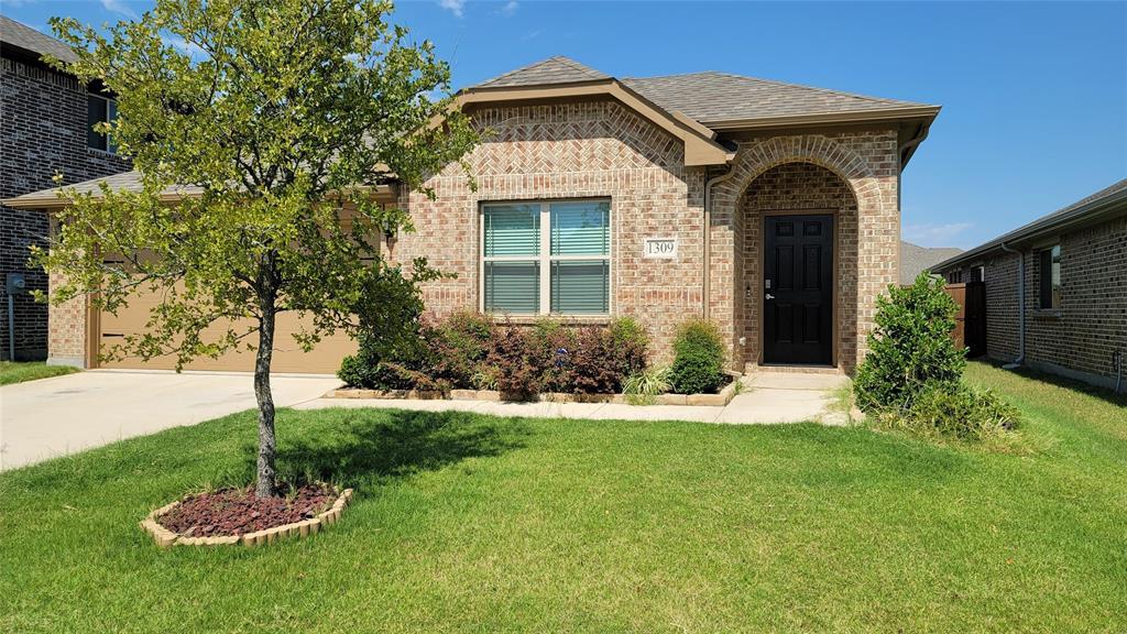 1309 Pleasant Knoll  Trail, Aubrey, Texas 76227 - Acquisto Real Estate best frisco realtor Amy Gasperini 1031 exchange expert