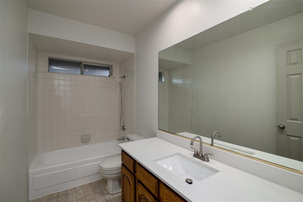 542 Renee  Lane, DeSoto, Texas 75115 - Acquisto Real Estate best frisco realtor Amy Gasperini 1031 exchange expert