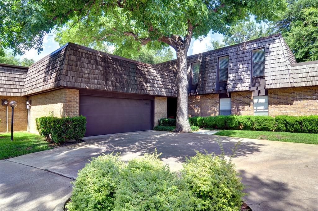3031 Tanglewood  Park, Fort Worth, Texas 76109 - Acquisto Real Estate best frisco realtor Amy Gasperini 1031 exchange expert
