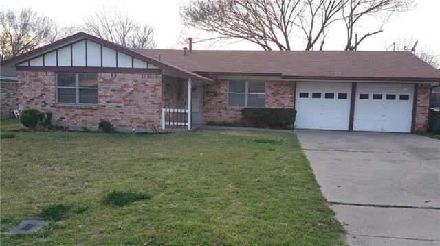 1001 Irwin  Drive, Hurst, Texas 76053 - Acquisto Real Estate best frisco realtor Amy Gasperini 1031 exchange expert