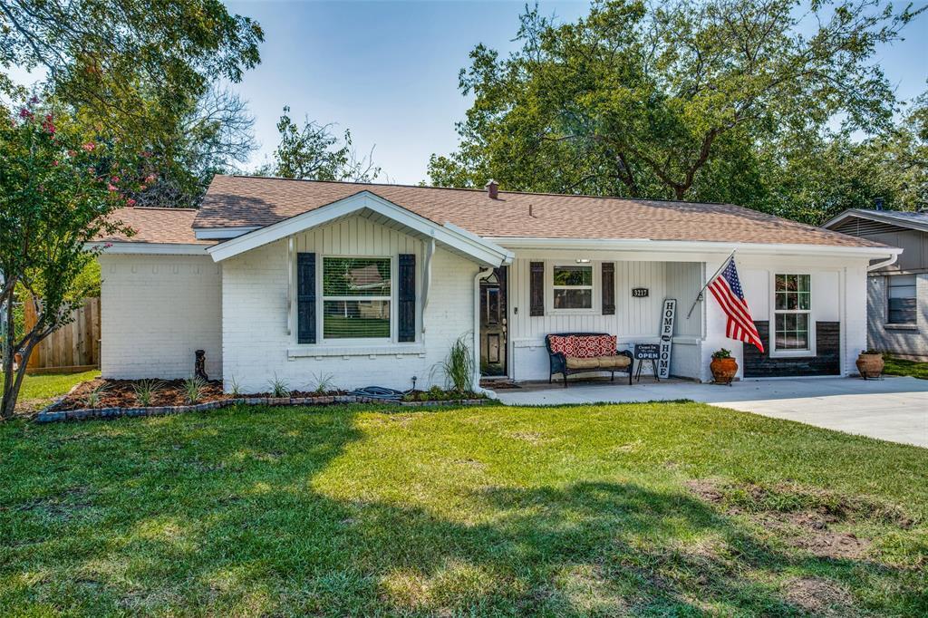 3217 Edgebrook  Drive, Mesquite, Texas 75150 - Acquisto Real Estate best frisco realtor Amy Gasperini 1031 exchange expert