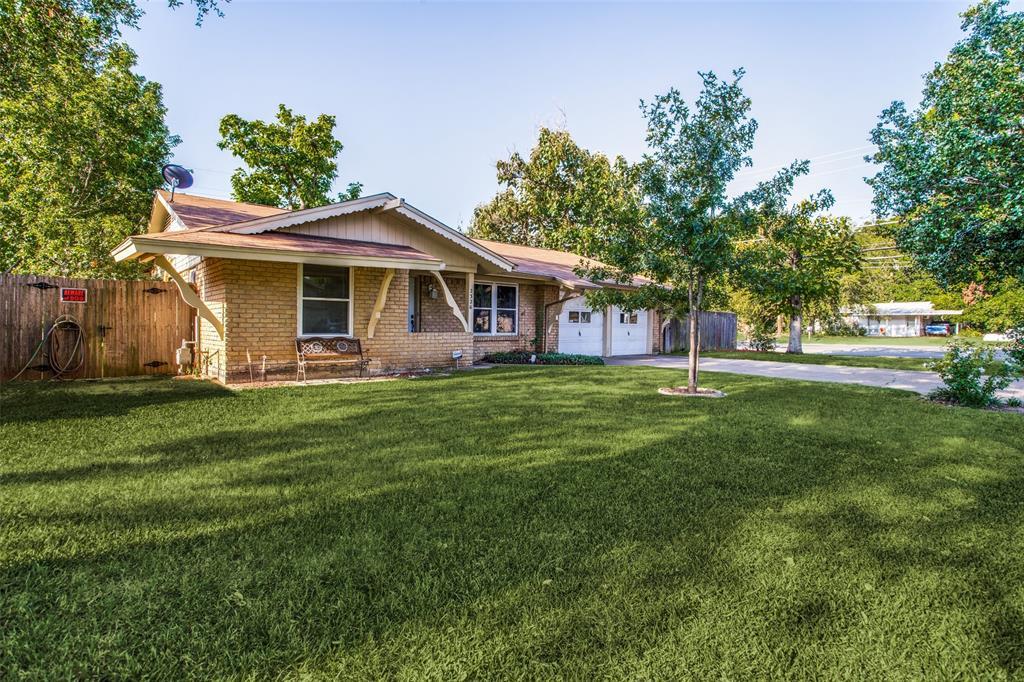 2326 Druid  Drive, Irving, Texas 75060 - Acquisto Real Estate best frisco realtor Amy Gasperini 1031 exchange expert