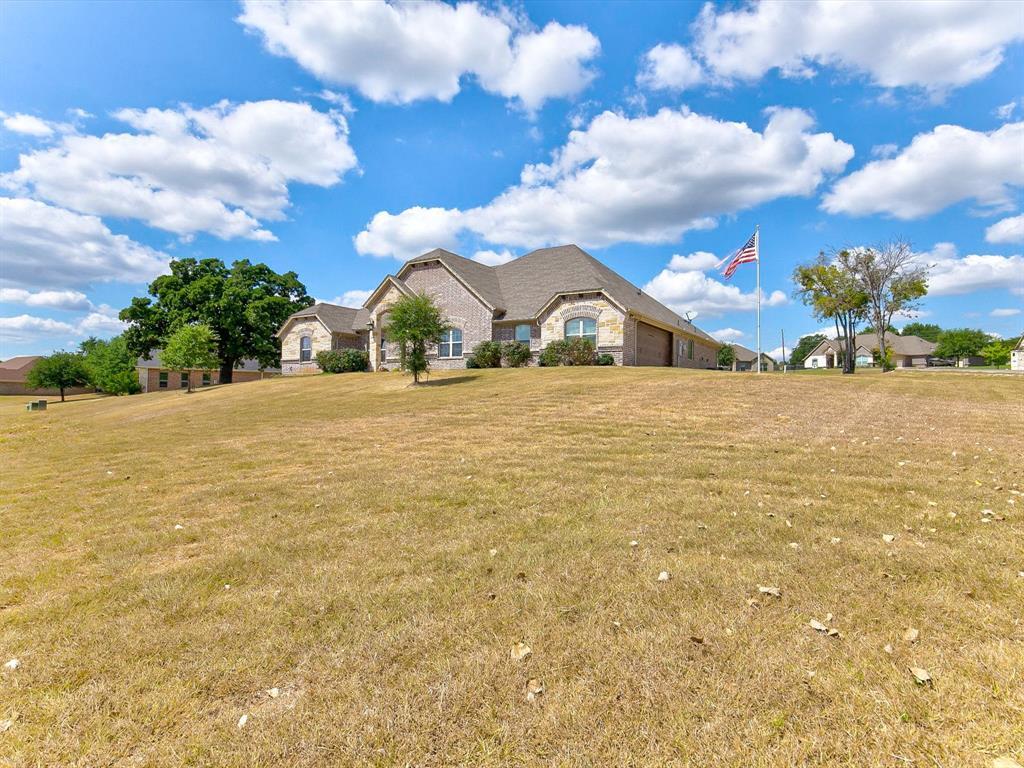 4402 Twin Oak  Court, Granbury, Texas 76049 - Acquisto Real Estate best frisco realtor Amy Gasperini 1031 exchange expert