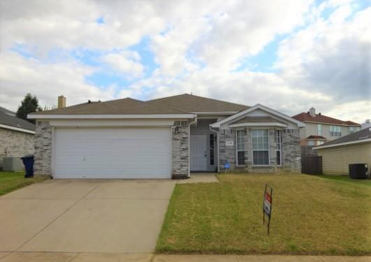 1116 Parkview  Trail, Kennedale, Texas 76060 - Acquisto Real Estate best frisco realtor Amy Gasperini 1031 exchange expert