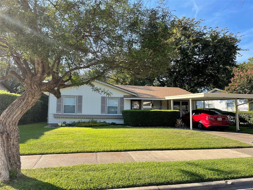 827 Lindo  Mesquite, Texas 75149 - Acquisto Real Estate best frisco realtor Amy Gasperini 1031 exchange expert