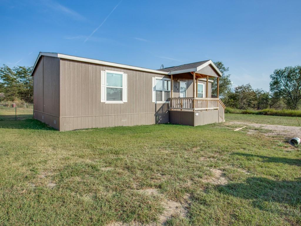 194 Shady Springs  Drive, Runaway Bay, Texas 76426 - Acquisto Real Estate best frisco realtor Amy Gasperini 1031 exchange expert