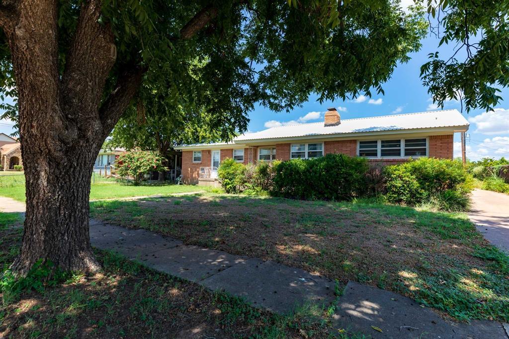 503 Mcharg  Street, Stamford, Texas 79553 - Acquisto Real Estate best frisco realtor Amy Gasperini 1031 exchange expert