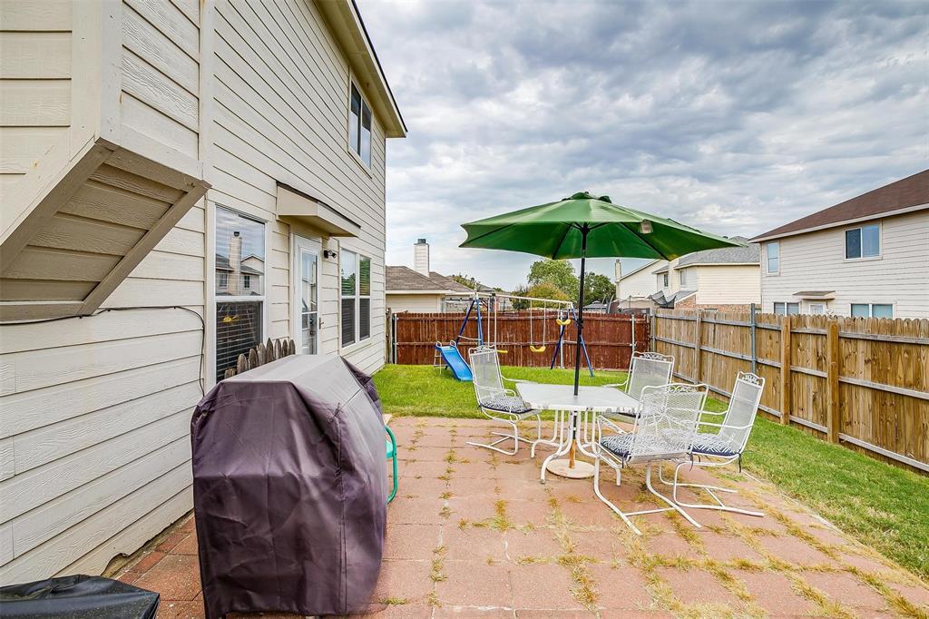 400 Heritage  Drive, Crowley, Texas 76036 - Acquisto Real Estate best frisco realtor Amy Gasperini 1031 exchange expert
