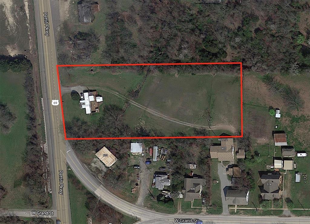 1462 Pettit Pkwy  Parkway, Whitewright, Texas 75491 - Acquisto Real Estate best frisco realtor Amy Gasperini 1031 exchange expert