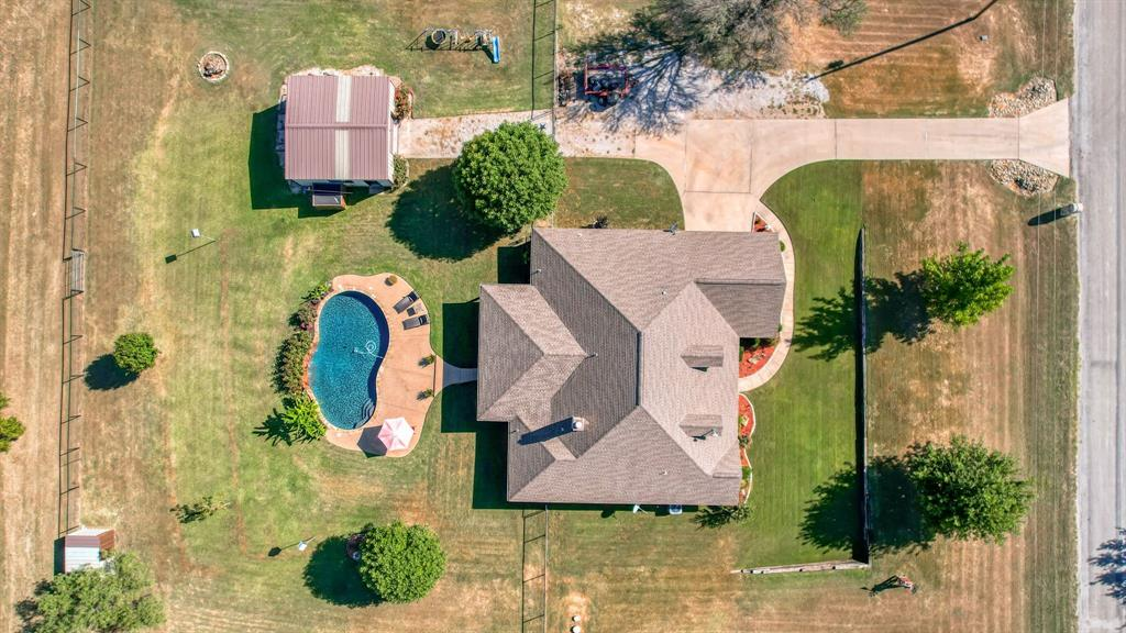 180 Cooperstown  Drive, Springtown, Texas 76082 - Acquisto Real Estate best frisco realtor Amy Gasperini 1031 exchange expert