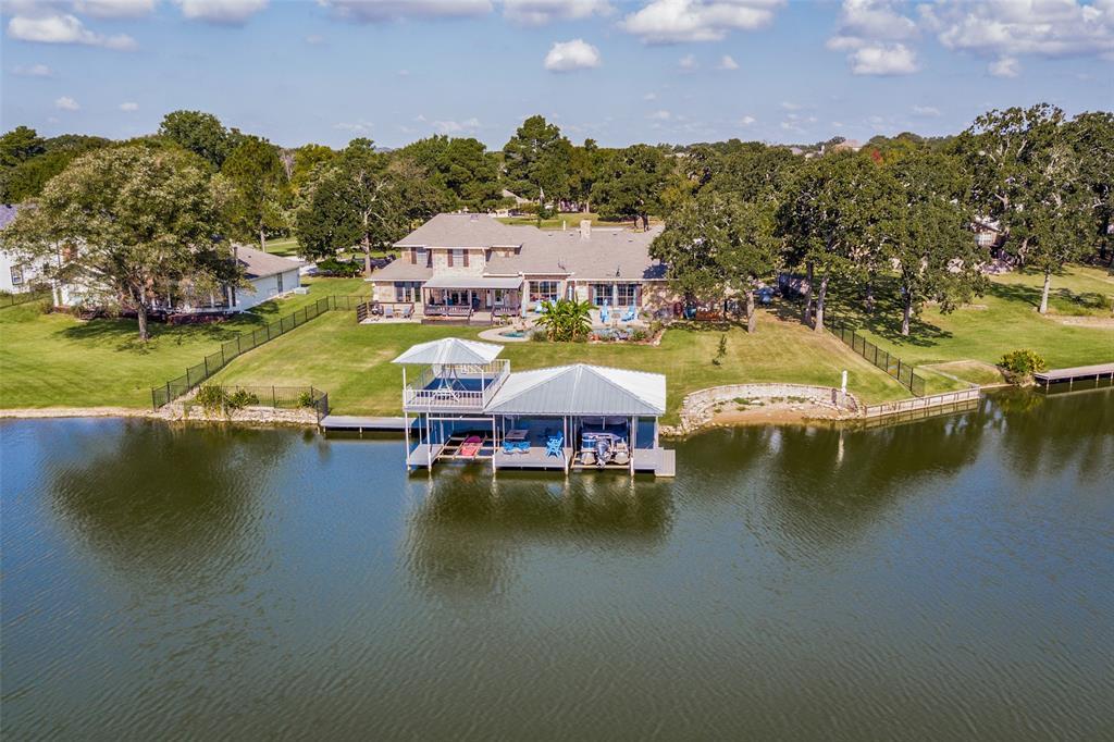 822 Kiowa  Drive, Lake Kiowa, Texas 76240 - Acquisto Real Estate best frisco realtor Amy Gasperini 1031 exchange expert