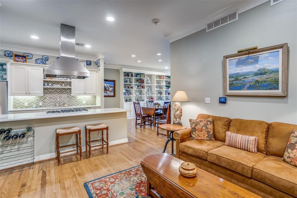 2828 Hood  Street, Dallas, Texas 75219 - Acquisto Real Estate best frisco realtor Amy Gasperini 1031 exchange expert