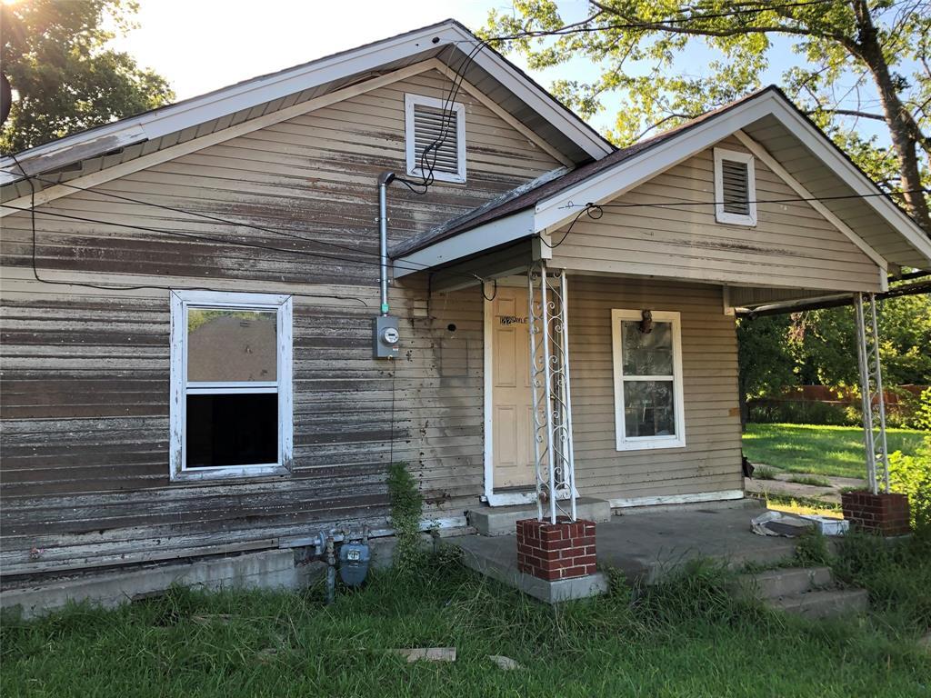 1212 Sayle  Street, Greenville, Texas 75401 - Acquisto Real Estate best frisco realtor Amy Gasperini 1031 exchange expert