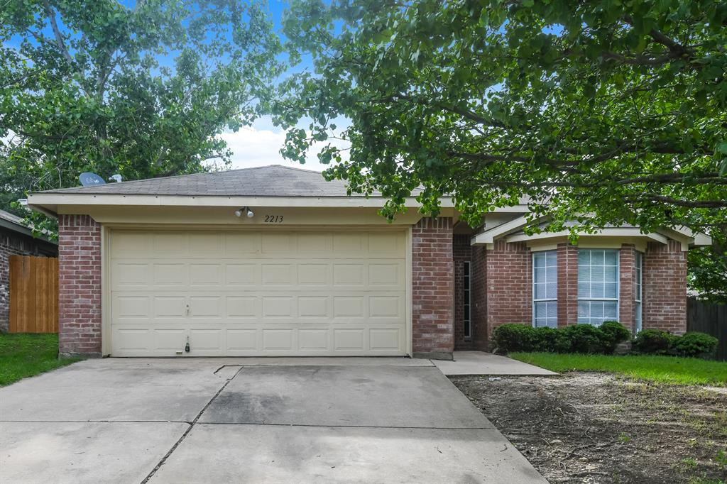 2213 Whispering Wind  Street, Fort Worth, Texas 76108 - Acquisto Real Estate best frisco realtor Amy Gasperini 1031 exchange expert