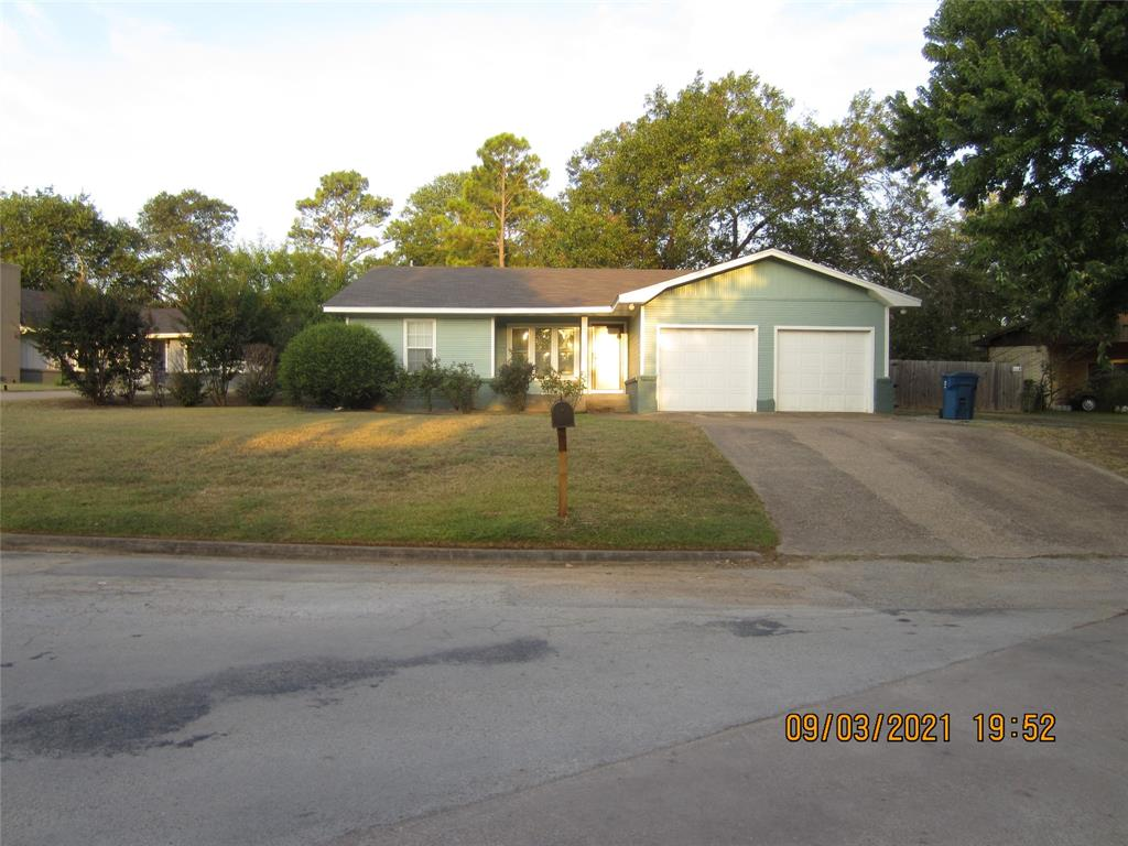 401 Hillcrest  Street, Keene, Texas 76059 - Acquisto Real Estate best frisco realtor Amy Gasperini 1031 exchange expert