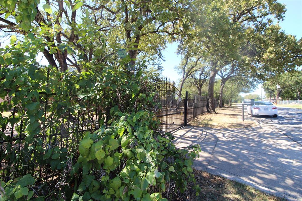 3940 Vaughn  Boulevard, Fort Worth, Texas 76119 - Acquisto Real Estate best frisco realtor Amy Gasperini 1031 exchange expert