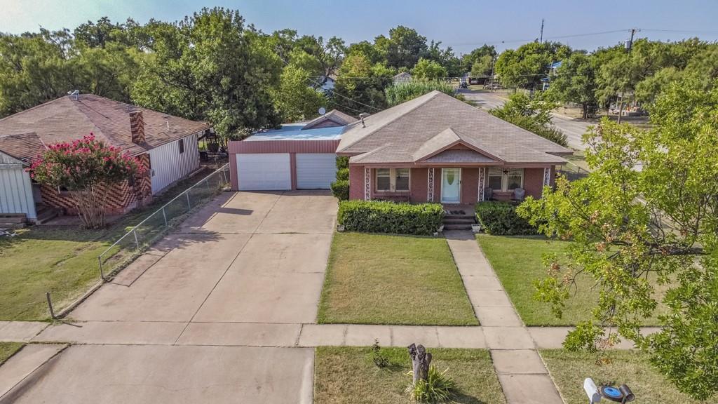 902 Wesleyan  Street, Stamford, Texas 79553 - Acquisto Real Estate best frisco realtor Amy Gasperini 1031 exchange expert